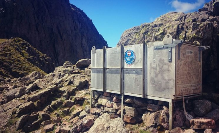storm-shelter-scafell-pike